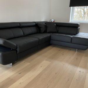 Logano-lounge-rechts-elektrisch-links-kleur-panamera-7006.-1-1.jpeg